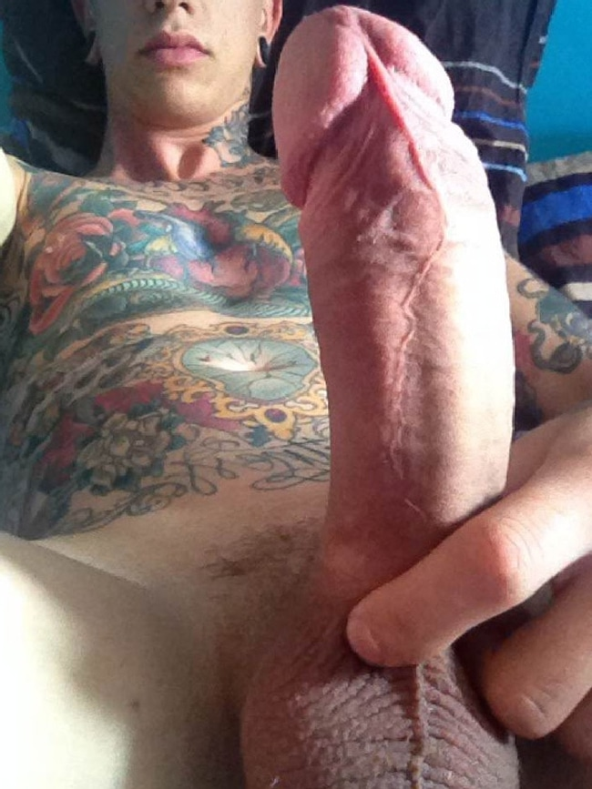Tattooed Guy Gets Dick Served